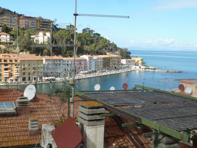 Porto S. Stefano, centro storico appartamento vista mare