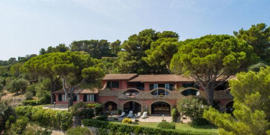 Porto S. Stefano, Villa località Poggio S. Giorgio con vista panoramica