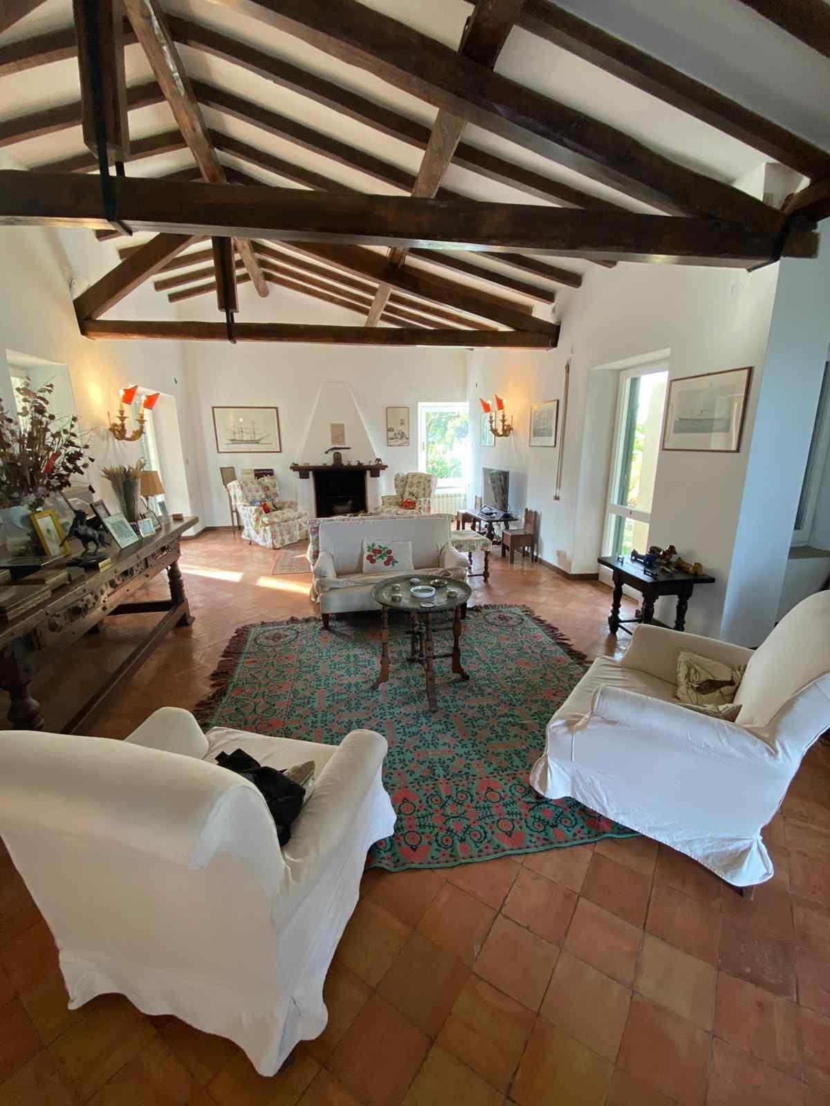 Affitto Porto S. Stefano Località Pianone villa con giardino e bellissima vista mare