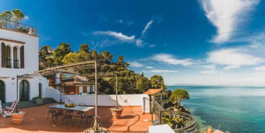 Affitto Porto S. Stefano Villa in via dei Fari con magnifici affacci sul mare
