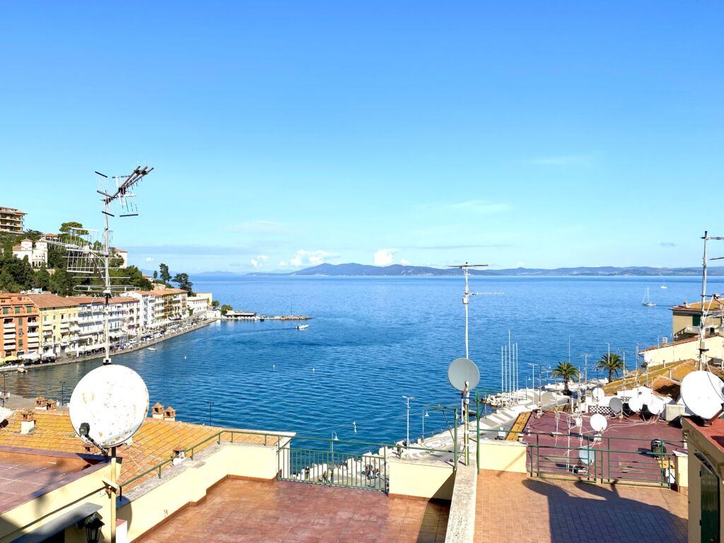 Porto S. Stefano appartamento con balcone vista mare