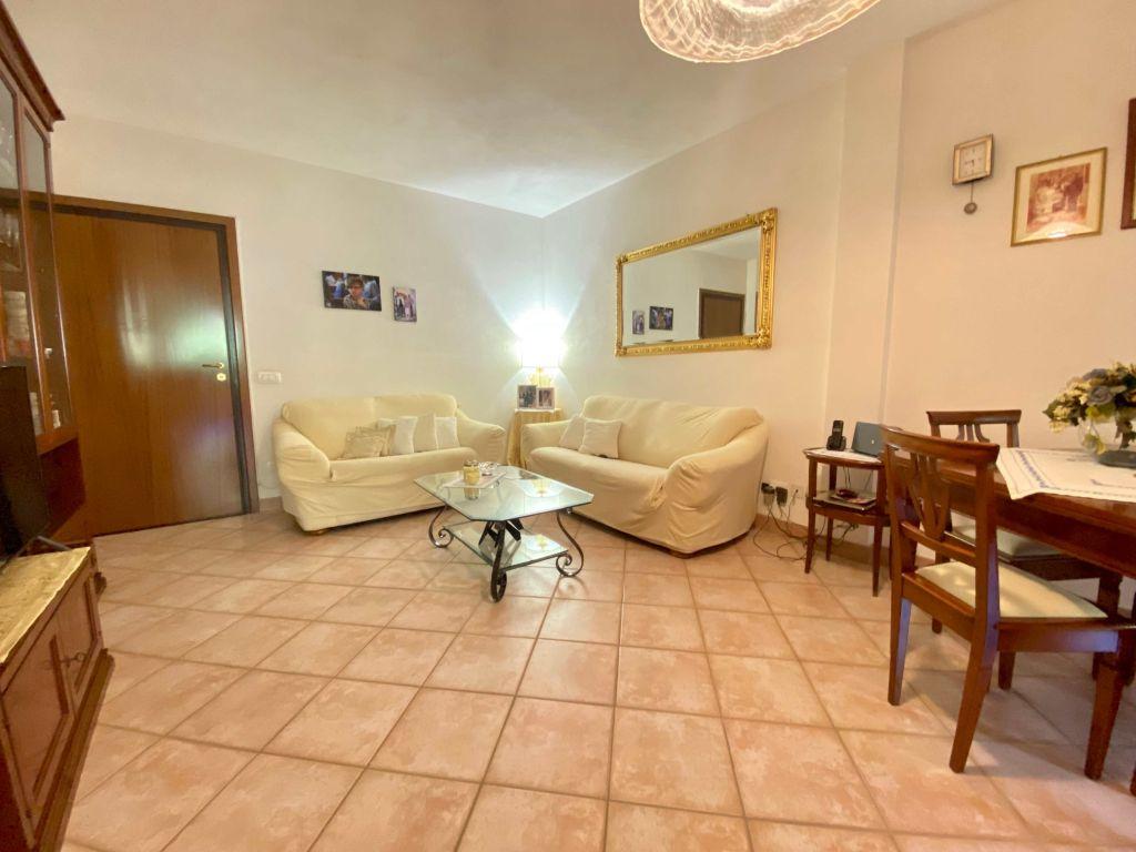 Porto S. Stefano località Pozzarello appartamento in ottimo stato con garage